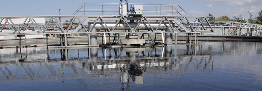 Lower water consumption in the production process